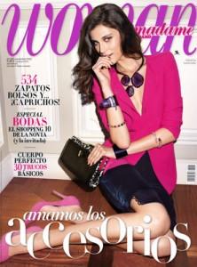 Woman Te Regala Con Su Revista De Noviembre 2012 Un Bolso Caramelo o Unos Auriculares